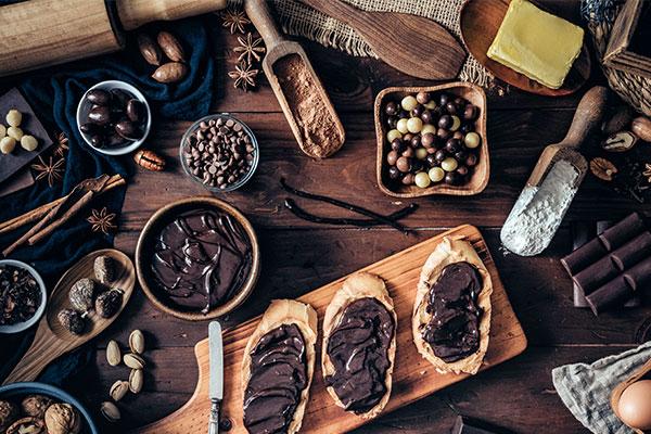 gourmand fragrances contain notes of vanilla, cocoa, caramel and tonka bean