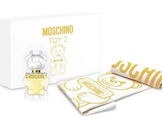 Moschino Toy 2 & Beach Towel GWP