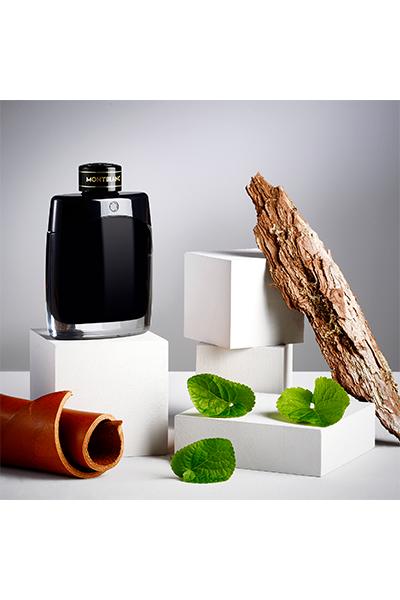 montblanc legend eau de parfum incorporates violet leaf notes