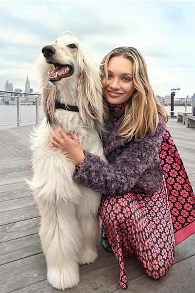 Maddie Ziegler and friend